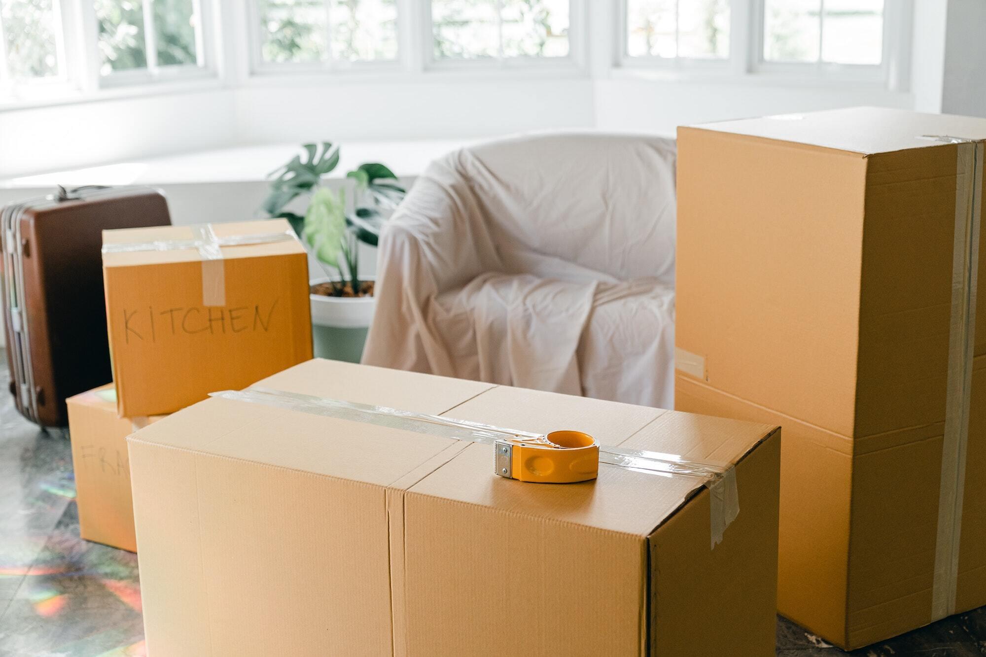 Des cartons de déménagement neufs